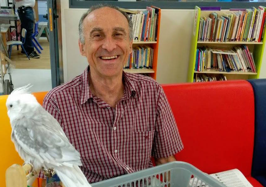 MJR July 1. Mr Zvika Ledder, volunteering at Shaare Zedek