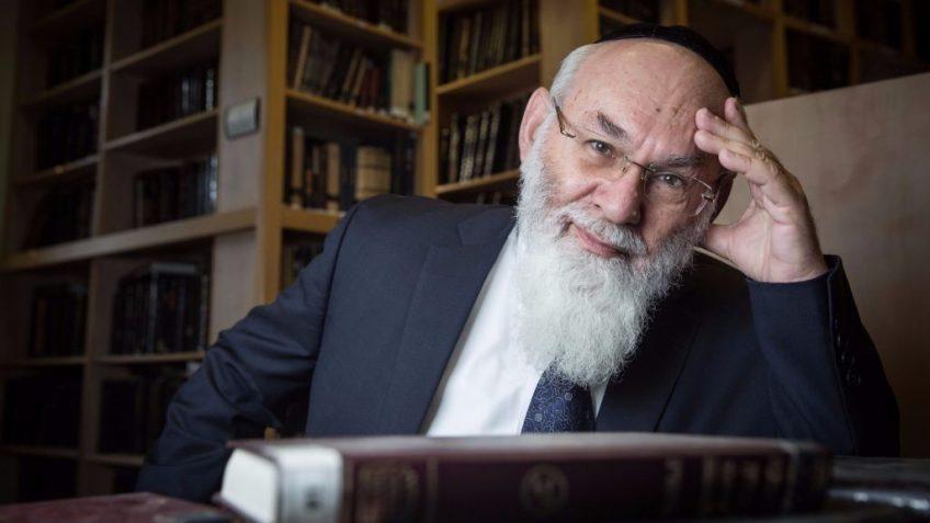 2. Professor Avraham Steinberg. Hadas Parush.Flash90) - Copy